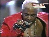 Sisqo - The Thong Song (Live At MTV VMA 2000)