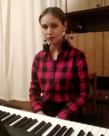 Уроки фортепиано Челябинск on Instagram ❤️С ДНЁМ ВСЕХ ВЛЮБЛЕННЫХ ❤️ В музыку в жизнь в себя В близких и дорогих людей Друзья я Вам желаю люб
