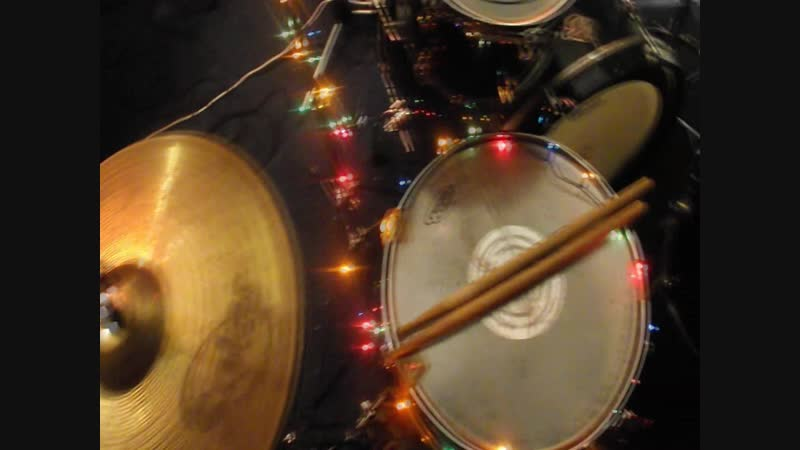 Clap Your Hands! – I Wont Be Home For Christmas (Blink 182 cover)