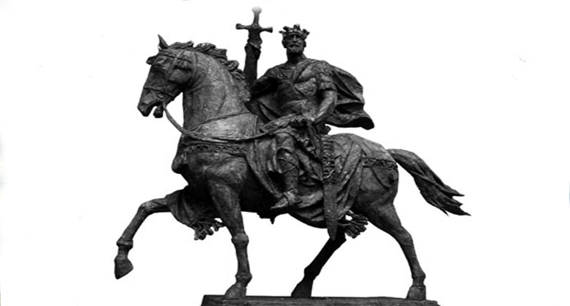 Памятник Всеславу Полоцкому