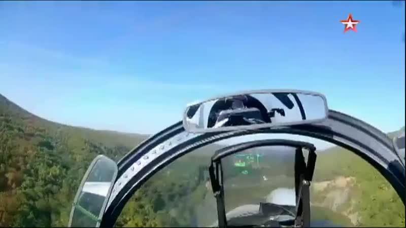 На Су-30СМ от первого лица на сверхмалых высотах