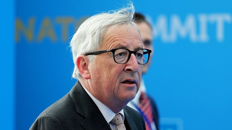 """AfD-Politiker und Twitter-User bezeichnen Juncker als """"sturzbetrunken""""–EU spricht von Ischiasanfall"""