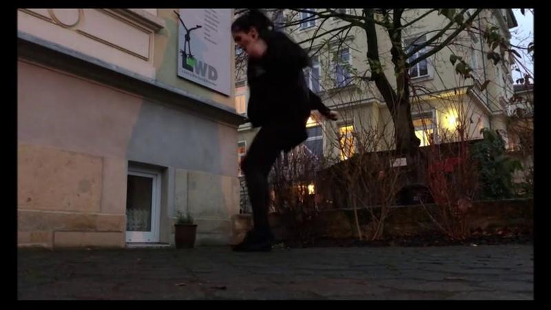 Liv and Nice Dnbdance