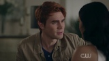 Riverdale 2x12 Chapter Twenty-Five The Wicked and the Devine Archie and Veronica scene