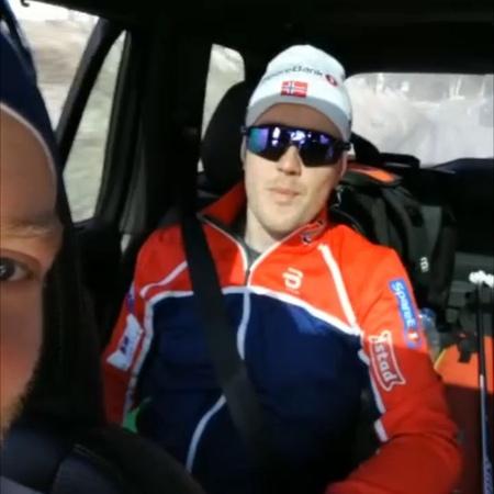 """Langrennslandslaget on Instagram Klar for skirenn eller gutta Følg med på NRK1 fra kl 11 45 @johanneshk @sindrexskar 🎥 @ebrands86"""""""