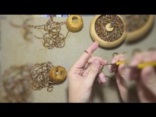 Видео к мастер-классу по вязанию колье из бисера