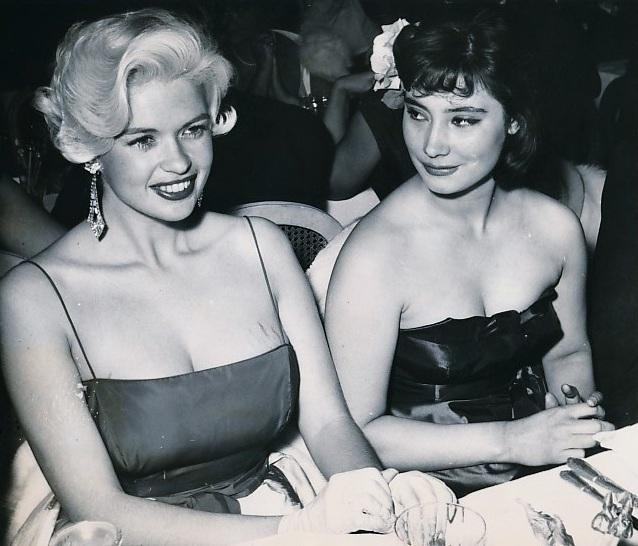 Татьяна Самойлова и Джейн Мэнсфилд, Канны, 1958 год.