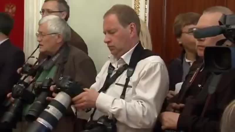 Путин призвал отложить референдум на юго-востоке Украины http_9kommentariev.ru (online-video-cutter.com)