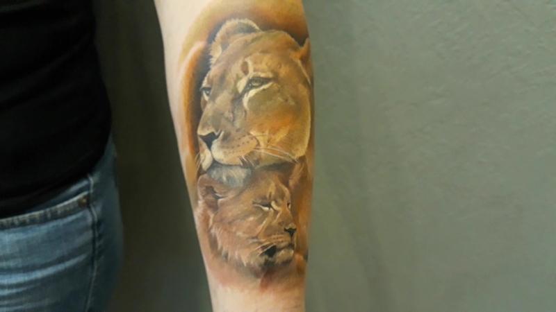 Львица и львенок. Татуировка, Новосибирск