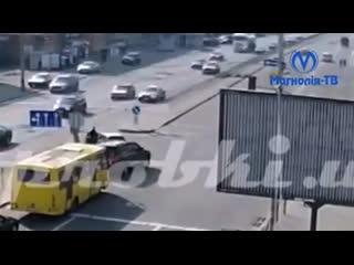 Рятуючи кошеня, в Києві загинув водій