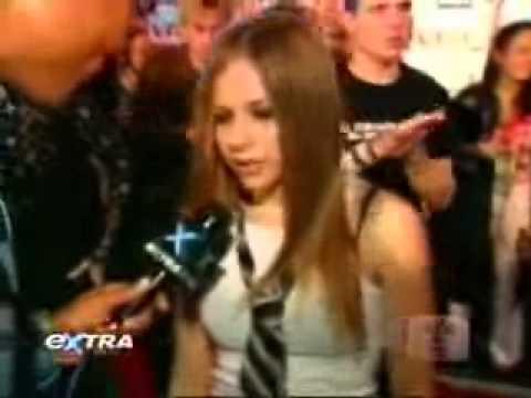 Avril Lavigne Extra VMA 2002
