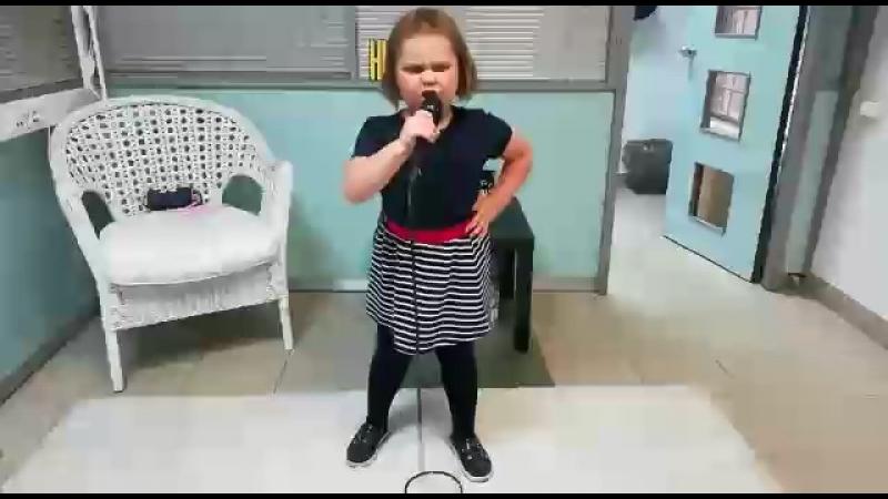 ГЛАФИРА (5 лет). Месяц занятий вокалом.