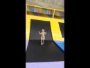 Никите 2 8 недавно научился прыгать на батутах