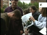 1995 East 17 Arrive in London, Screaming Fans, 1990s Archive Footage - YouTube