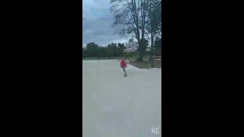 Video-45eea0de3d69de5268e004acdb6c8792-V.mp4