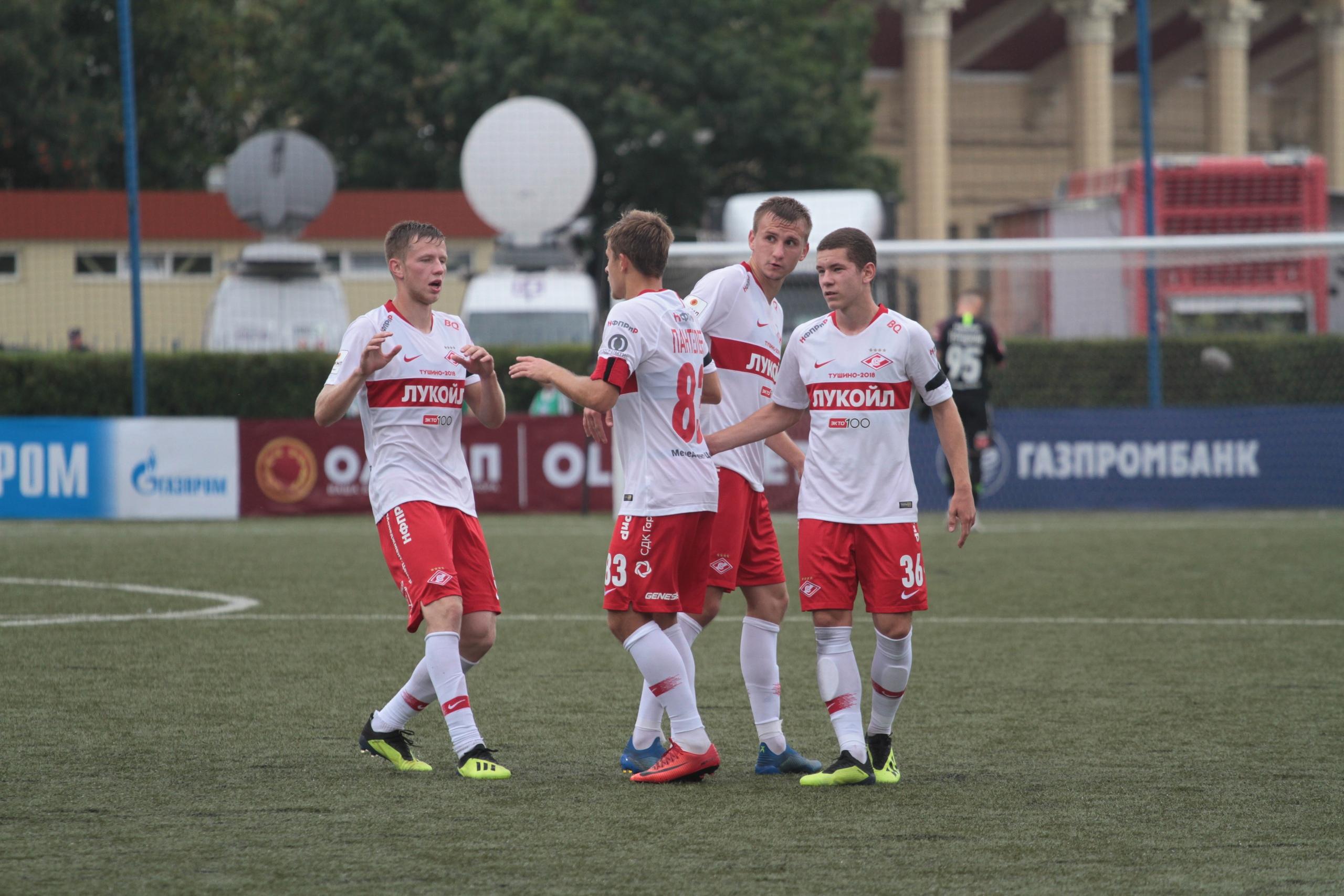 «Спартак-2» крупно победил «Зенит-2» (Видео)