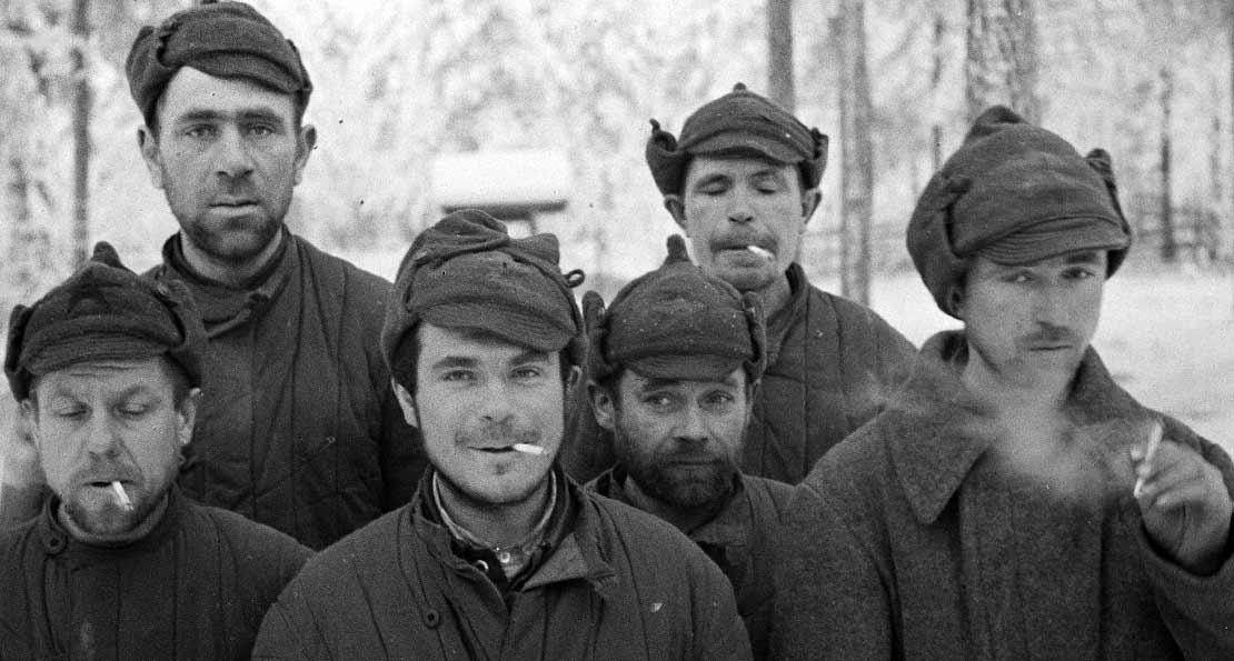 Пленные бойцы РККА