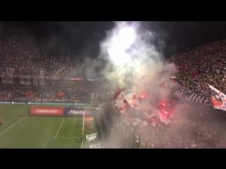 La hinchada de Newells Old Boys vs Independiente, Superliga Argentina