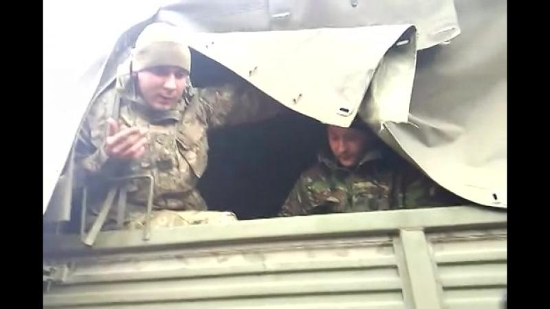 Часть 5 В городе Ровеньки, Луганской обл было задержано 3 Камаза с военными и оружием 13 04 2014