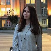 Таня Стурова