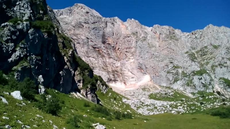 Ледник по пути из Приюта Фишт на поляну Стадника
