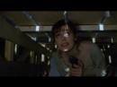 Героиня пытается достать ключ и спастись от маньяка Отрывок из фильма Водолей