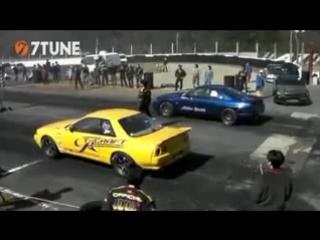 T-Craft BNR32 GT-R vs Active Auto BCNR33 GT-R