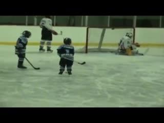Hockey brotherhood helping out a friend