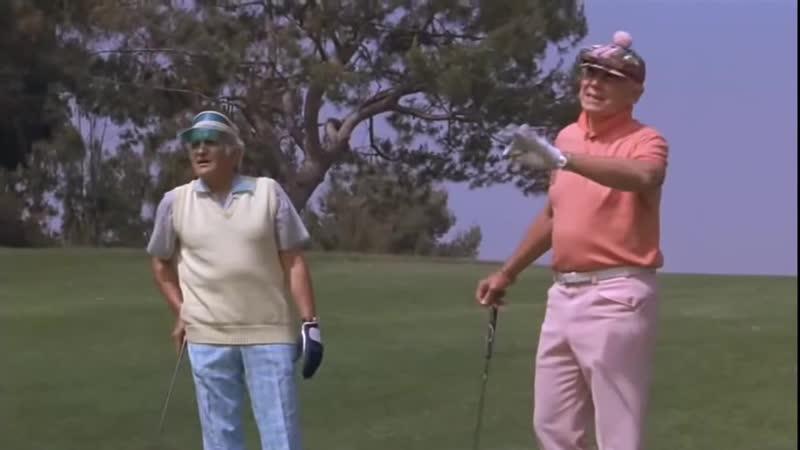 Giant gator. Golf Course.