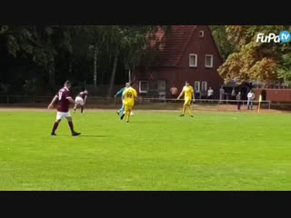 Вратарь мог и в поле играть
