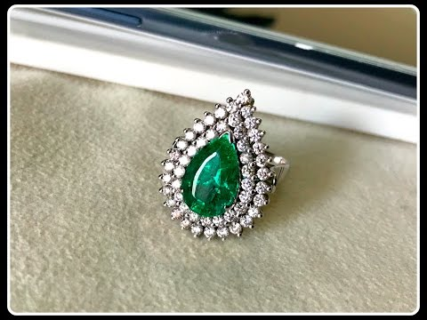 Super Hot Angelina Jolie High End Royal Emerald Diamond Ring Cum Pendant in 18K Gold