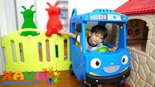 2 Naughty Animals of Xavi Pretend Play Animals Door Barriers and Cleaning Up the house