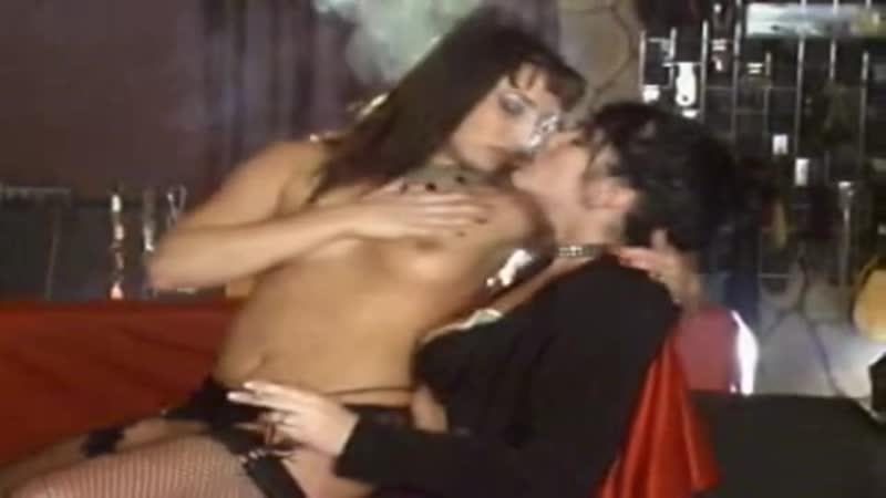 Lesbians Smoking - Smoking Lapdances