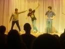 Ребята молодцы хорошее настроение, танец, танцоры, талант, звезды на сцене, любительская съемка, ребята танцуют, минута.