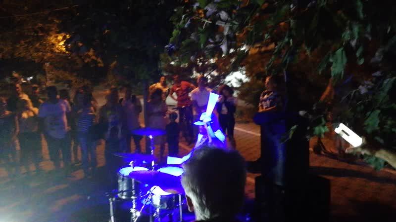 Анапа белый барабан Bomfunk MCs - Freestyler