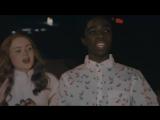 Stranger Things Cast Gets Scared during Maze Walkthru - Halloween Horror Nights