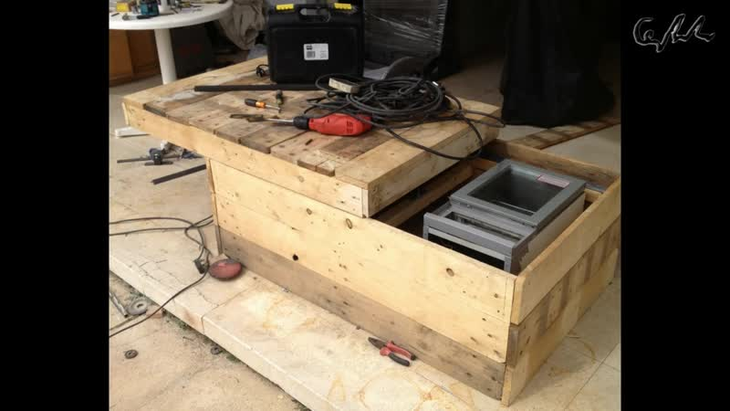 DIY Extreme coffee table with refrigerator made from pallets
