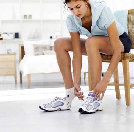 Онемение пальцев - это симптом, который возникает, когда ощущается покалывание в пальцах ног.
