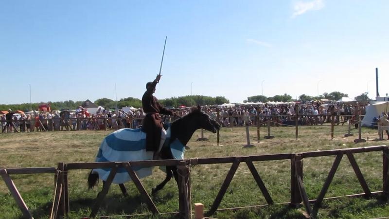 Немножко конных развлечений