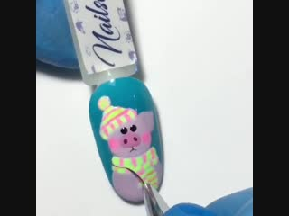Как красиво нарисовать свинку на ногтях