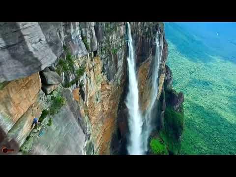 Водоспад Анхель - 2058 метрів над рівнем моря. Найвищий водоспад світу