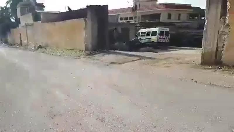 Боевики Хайат Тахрир Аш-Шам при осмотре оставленных группировкой Нуреддин Аз-Зинки вооружений обнаружили запасы 122-мм ракет