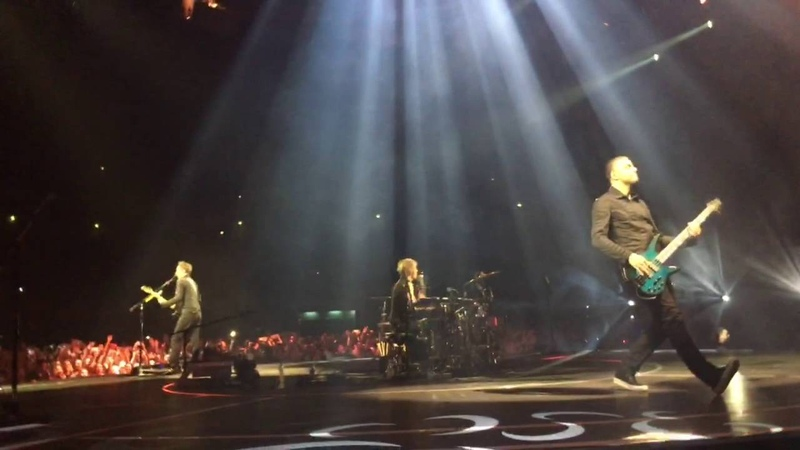 Muse - Hysteria (Live in Moscow 21.06.2016)