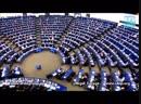 13.11.2018 - Der Engländer Nigel Farage rechnete, vor versammeltem EU Parlament, mit Merkel ab - Ist es nicht an der Zeit, dass