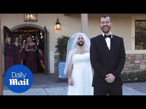 Best man swaps places with bride during first look photos