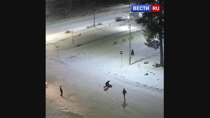 В Карелии лихач сбил мэра города переходившего дорогу в неположенном месте
