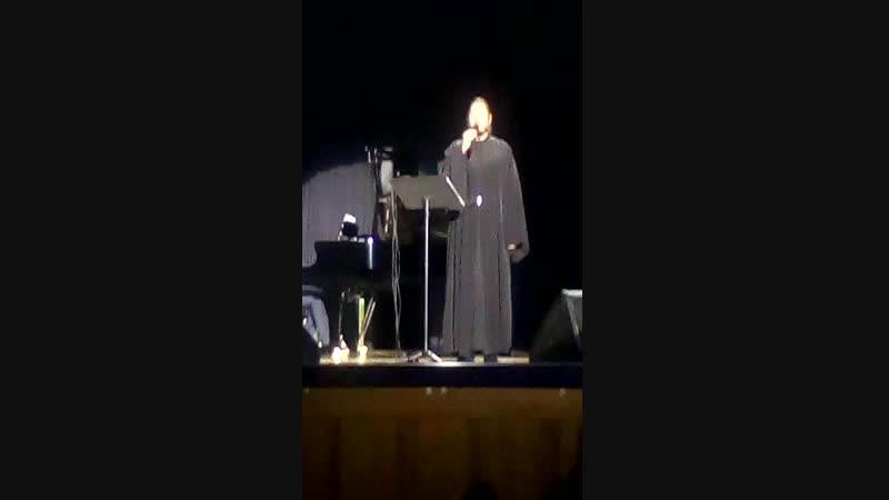 Концерт о.Фотия в Белгороде 23.10.2018. Dicitencello Vuje (видео Лидии Ив)