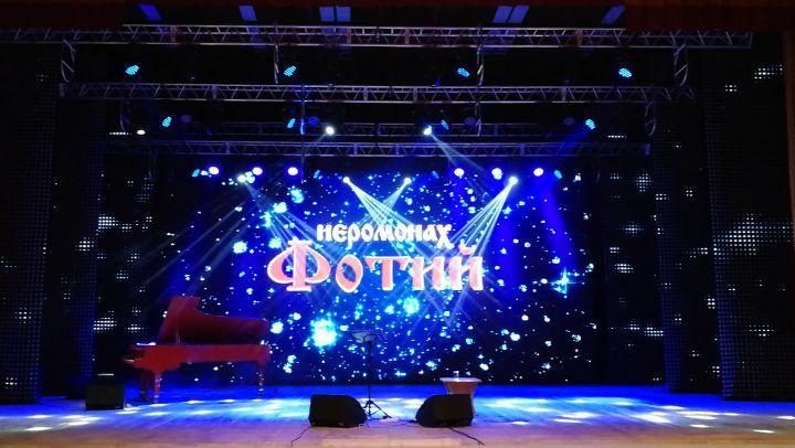 """Alexander Tevelev on Instagram: """"томск концерт выступление гастроли красиваясцена готовимся иеромонахфотий александртевелев"""""""