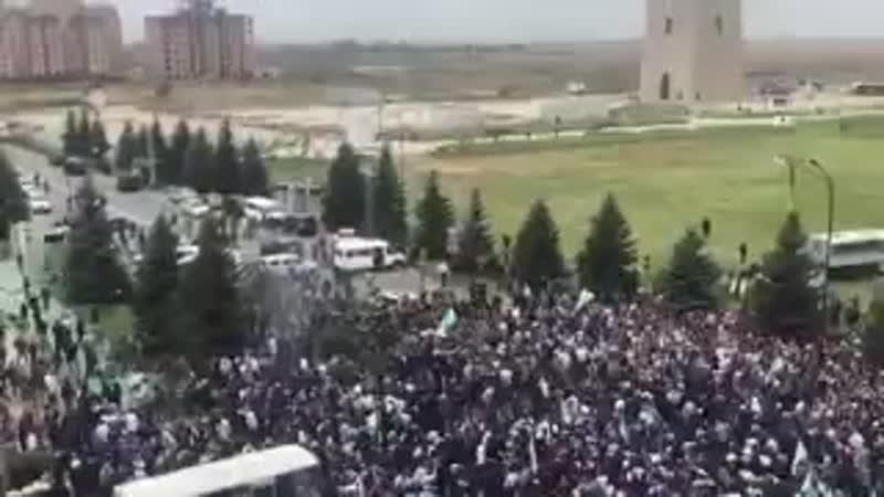 В Ингушетии на митинге неспокойно. Открыли стрельбу