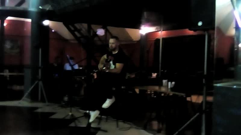 концерт бардовских песен в кафе в Олимпе в г новомичуринск